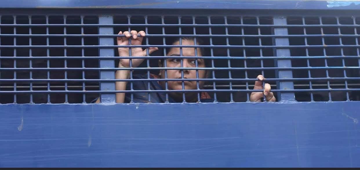 #Freerozina  #JournalismIsNotACrime