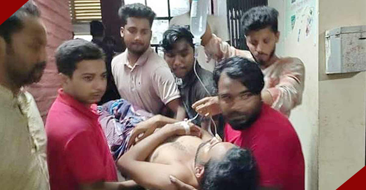 সিরাজগঞ্জের তাড়াশে সাংবাদিকসহ ১০ জনের উপর হামলা